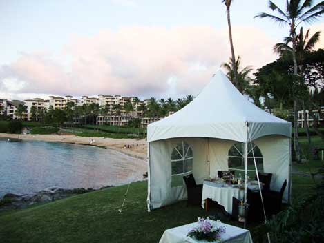 Private tent dining at Merriman's Kapalua
